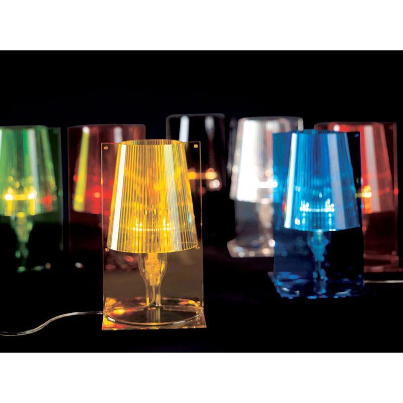 table lamp take kartell l mparas de decoraci n. Black Bedroom Furniture Sets. Home Design Ideas
