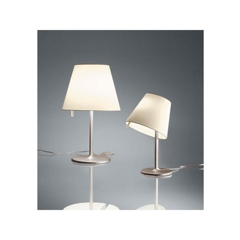 L mpara de mesa melampo notte artemide l mparas de for Artemide lamparas de mesa